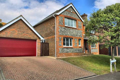 4 bedroom detached house for sale - Duchess Drive, Seaford, East Sussex