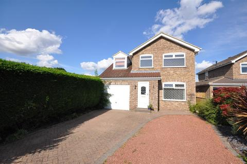 4 bedroom detached house for sale - Burtree Avenue, Skelton, York