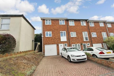 3 bedroom townhouse for sale - Cracknore Road, Freemantle, Southampton, SO15