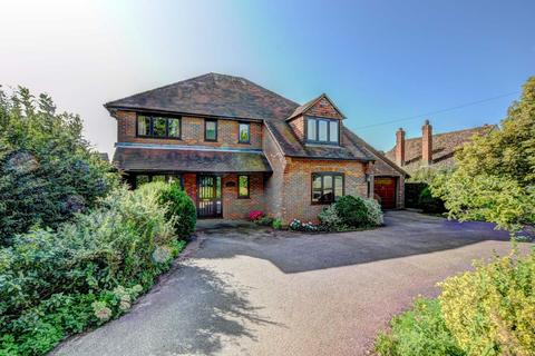 4 bedroom detached house for sale - Water End