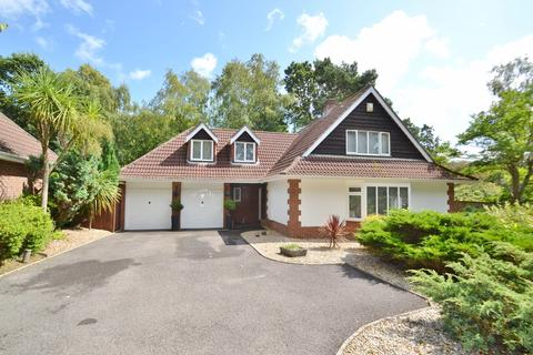 3 bedroom detached house for sale - Broadstone