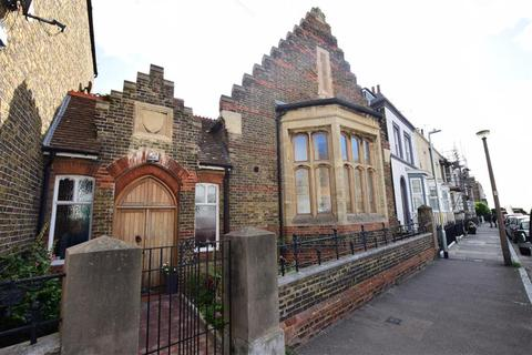 3 bedroom semi-detached house for sale - Royal Road, Ramsgate, Kent