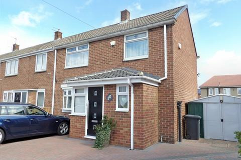 3 bedroom terraced house for sale - Fox Avenue, SIMONSIDE, South Shields, Tyne and Wear, NE34 9RN