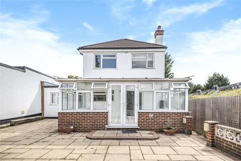 3 bedroom detached house for sale - Hazelwood Drive, Pinner, Middlesex, HA5