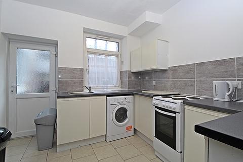 6 bedroom flat to rent - Wood Road, , Treforest, CF37 1RQ