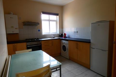 1 bedroom flat to rent - Gloucester Road, Urmston