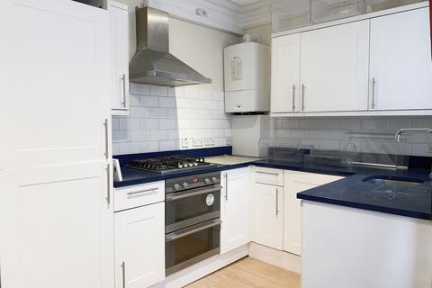3 bedroom flat to rent - The Vale, Acton, London, W3