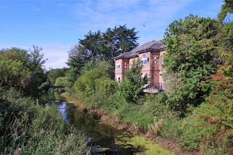 2 bedroom apartment to rent - Thornbridge Court, Thorn Road, Hedon, Hull, HU12