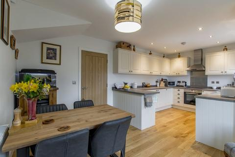 4 bedroom townhouse to rent - Cranlyn Taigh, 11a Main Road, Holmesfield, S18 7WT