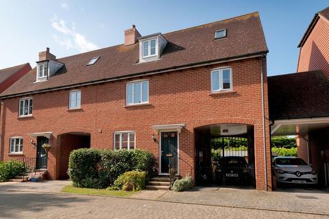 3 bedroom semi-detached house for sale - Ellis Close, Five Oak Green