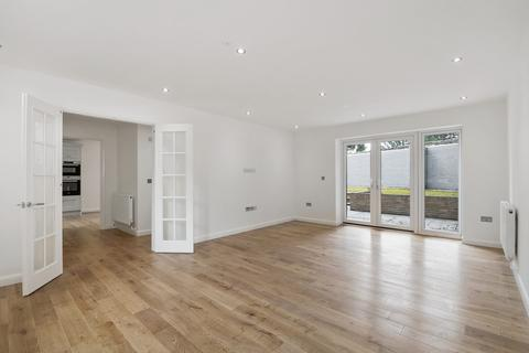 4 bedroom detached house for sale - Church Fields, West Malling