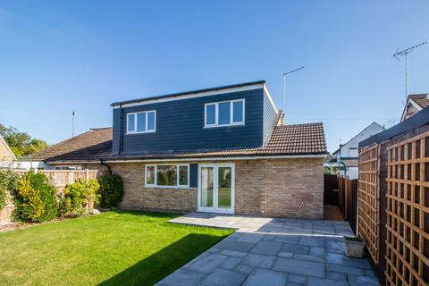 4 bedroom semi-detached bungalow for sale - Poplar Close, Great Shelford, Cambridge