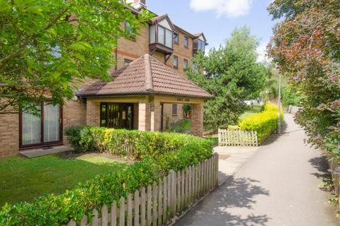 1 bedroom property for sale - Stokes Court, Diploma Avenue, N2