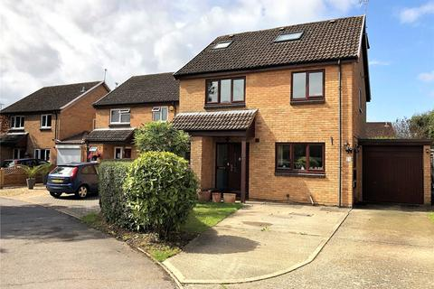 5 bedroom detached house for sale - Carston Grove, Calcot, Reading, Berkshire, RG31
