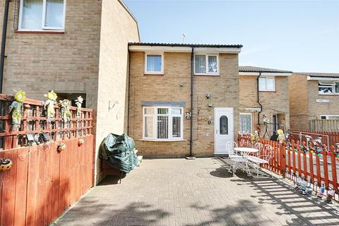3 bedroom terraced house for sale - Lapwing Close, Bransholme, Hull, East Yorkshire, HU7