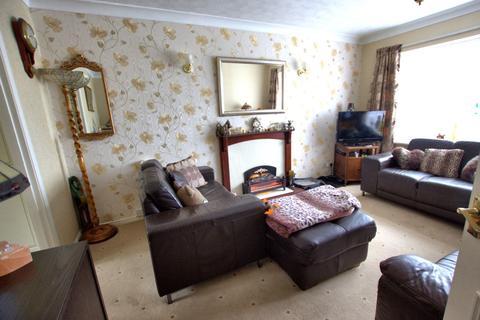 2 bedroom apartment for sale - Amy Johnson Avenue, Bridlington
