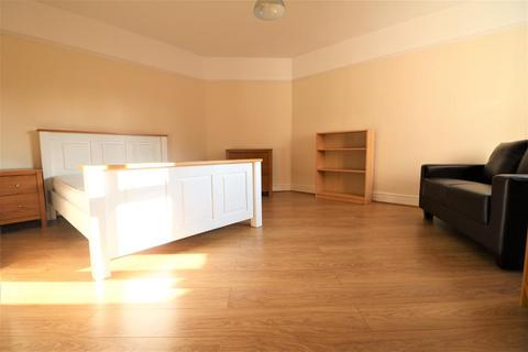 1 bedroom house share to rent - Dovedale Road, Mossley Hill, Liverpool, L18 1JX