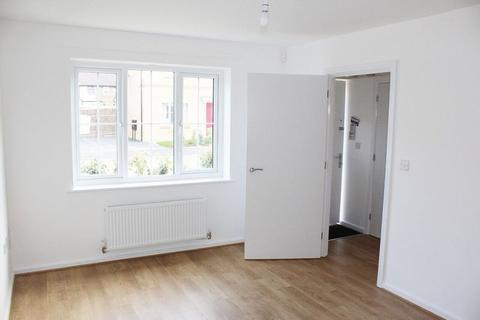 4 bedroom semi-detached house to rent - Stalisfield Avenue Norris Green Village L11
