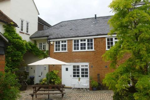 1 bedroom apartment to rent - London Road, Aston Clinton,