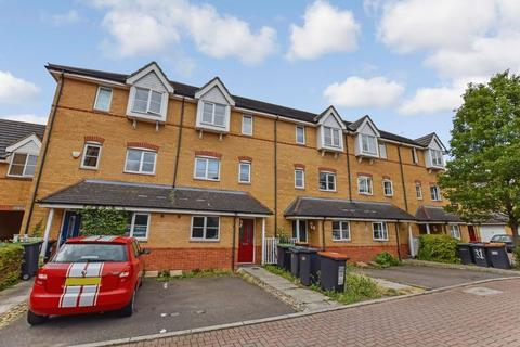 4 bedroom house to rent - The Sidings, Bedford