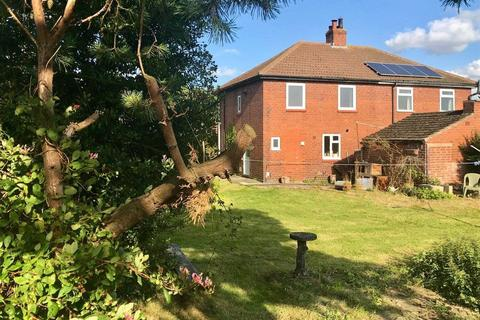 3 bedroom semi-detached house to rent - COMMON ROAD, SKIPWITH