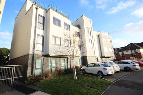 1 bedroom flat to rent - Chataway House, Bradfield Close, Woking