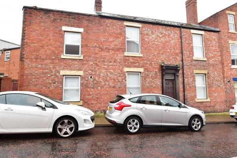 2 bedroom terraced house to rent - Hartington Terrace, South Shields