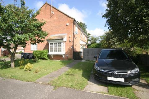 2 bedroom terraced house to rent - Kelling Close,Warden Hills, Luton