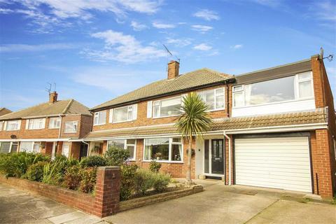 4 bedroom semi-detached house for sale - Longridge Drive, Whitley Bay