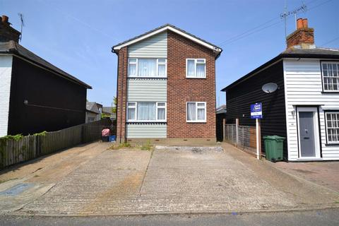 2 bedroom apartment for sale - Lilian Road, Burnham-on-Crouch
