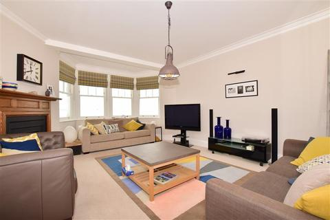 3 bedroom apartment for sale - Sea Road, Westgate-On-Sea, Kent