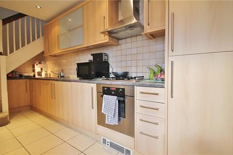 1 bedroom apartment to rent - Broadway, Knaphill, Woking, Surrey, GU21