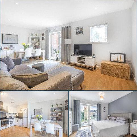 1 bedroom flat for sale - Birdwood Avenue, Hither Green