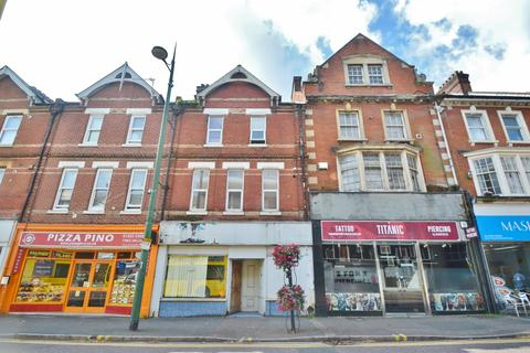 2 bedroom flat for sale - Westbourne Centre