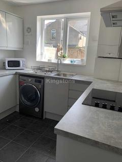 Search 5 bed properties to rent in puxton hewish - Living room letting agency cardiff ...