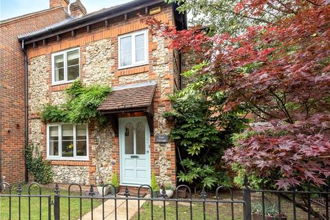 2 bedroom terraced house for sale - The Green, Wooburn Green, High Wycombe, Buckinghamshire, HP10