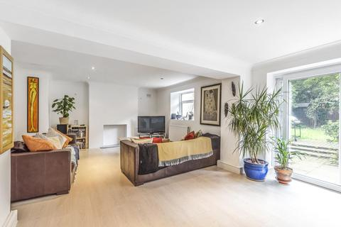 2 bedroom flat for sale - Knollys Road, Streatham