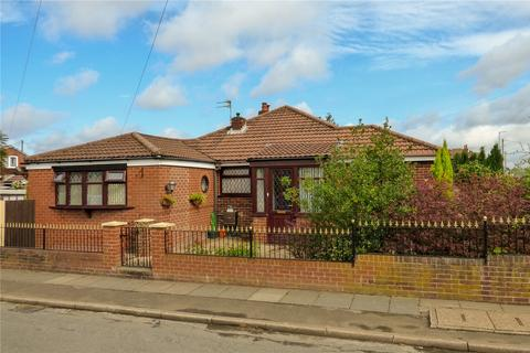 3 bedroom bungalow for sale - Corporation Road, Denton, Greater Manchester, M34