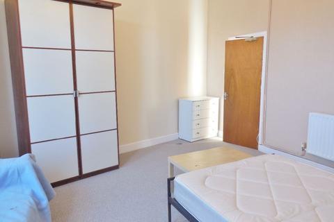 1 bedroom house share to rent - Taff Embankment, Grangetown, Cardiff CF11 7BG