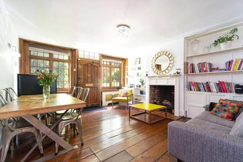 4 bedroom terraced house for sale - North Road, Highgate Village, London, N6