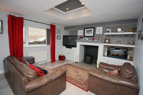 3 bedroom terraced house for sale - West View, Lemington NE15