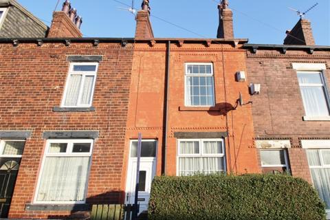 4 bedroom terraced house to rent - Highfield Road , Bramley, Leeds, LS13 2BX