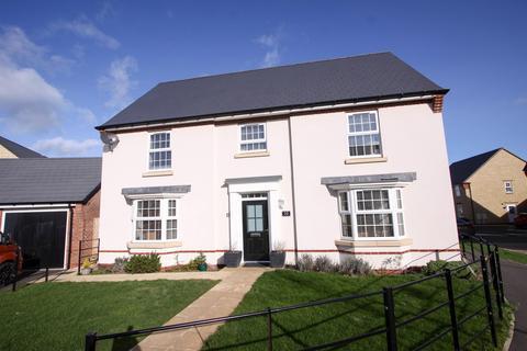 5 bedroom detached house for sale - Lyndon Morgan Way, Leonard Stanley, GL10 3GG