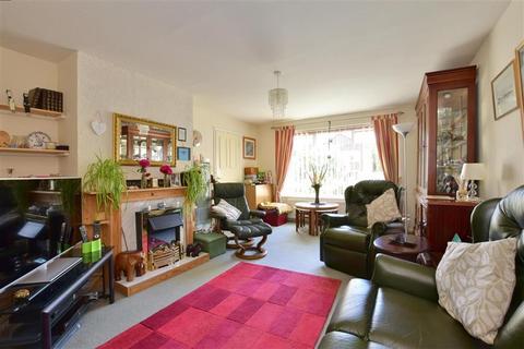 3 bedroom detached house for sale - Loampits Close, Tonbridge, Kent