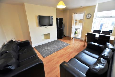 4 bedroom maisonette to rent - Doncaster Road, Sandyford, Newcastle Upon Tyne