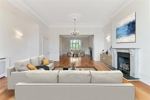 6 bedroom detached house to rent - Vanbrugh Park, London, SE3