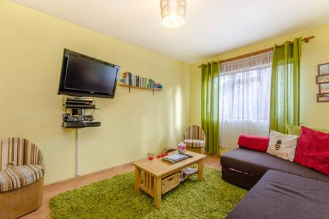 4 bedroom house to rent - Skiers Street, Stratford, E15