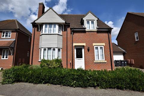 3 bedroom detached house to rent - Cypress Court, Dunmow