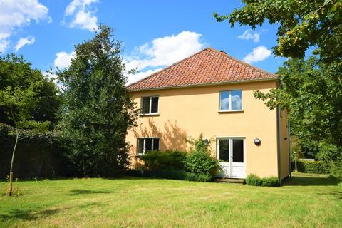 4 bedroom detached house to rent - The Oaks,