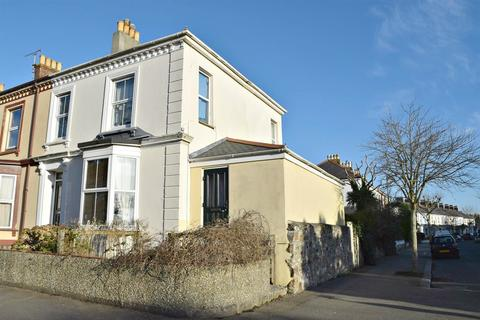 Studio to rent - Albany Road, Falmouth
